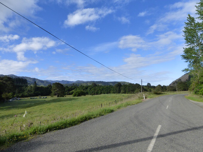 Day 57: A Clear Beginning To The Tararua Range | Walking With Wired